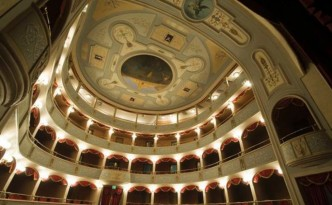 Teatro Garibaldi Modica (1259 x 838)